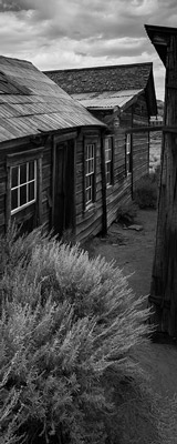 Bodie ghost town alleyway thumbnail